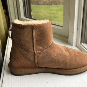 UGG Shoes - Short brown real ugg boots